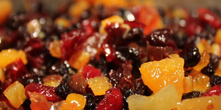 11-healthy-diet-foods-that-can-actually-make-you-fat-diried-fruit